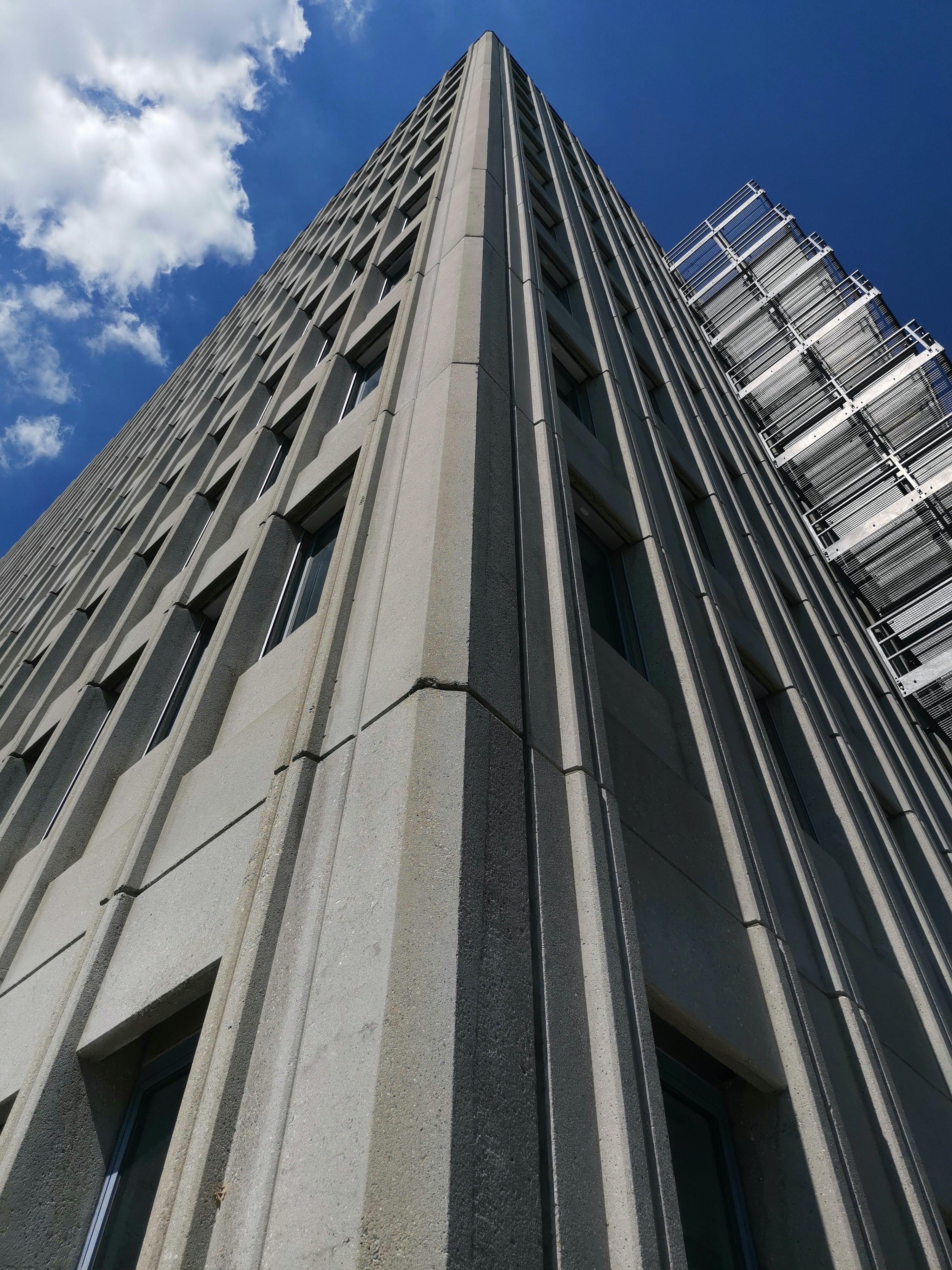 Industriegebäude Lupfig